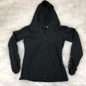 Puma Size Small Gray Long Sleeve Hoodie Sweater
